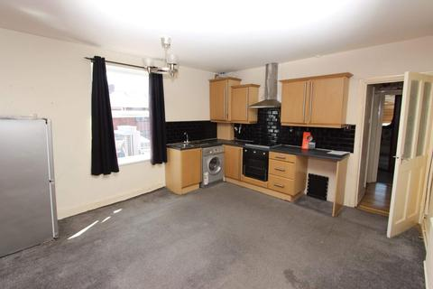 1 bedroom flat to rent - Turf Lane, Chadderton, Oldham