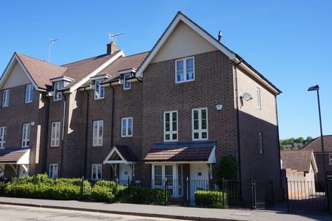5 bedroom townhouse to rent - Gossoms End, Berkhamsted