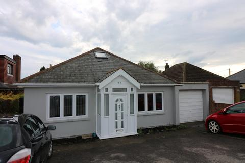 4 bedroom detached bungalow to rent - Canterbury Road West, Cliffsend. CT12 5DU