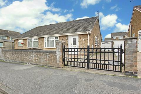 2 bedroom bungalow for sale - Grenville Bay, Bilton, Hull, East Yorkshire, HU11