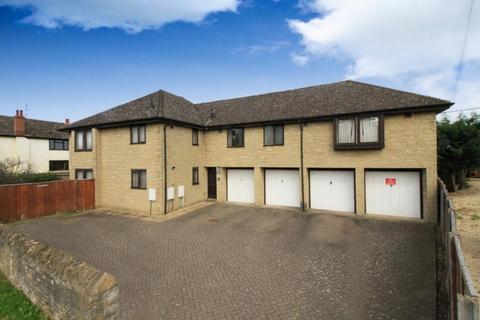 6 bedroom detached house for sale -  Begbroke OX5 1RL
