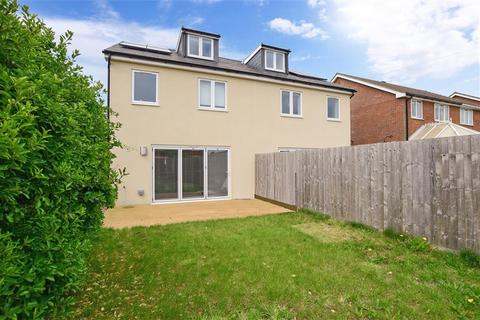 3 bedroom semi-detached house for sale - Warren Avenue, Wooodingdean, Brighton, East Sussex