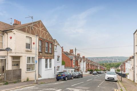 2 bedroom terraced house for sale - Elm Grove, Brighton, East Sussex, BN2
