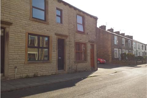 3 bedroom terraced house to rent - Carter Street, Burnley BB12