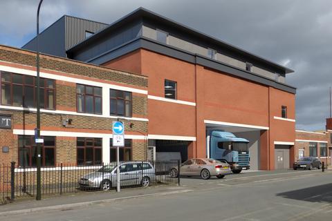 Warehouse to rent - Lombard Road, South Wimbledon, London, SW19