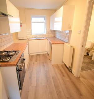 1 bedroom flat to rent - Pier Road, Canning Town, E16