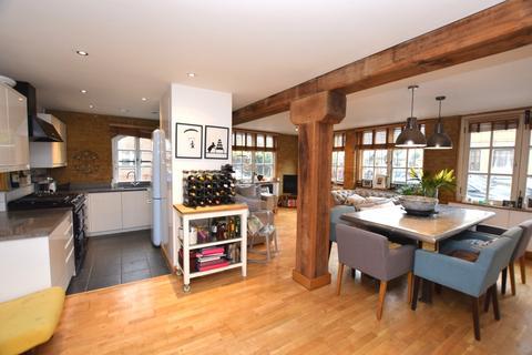 3 bedroom flat for sale - Brunswick Court Bermondsey SE1