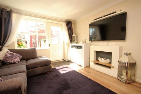 1 bedroom house to rent - Derby Close, Langdon Hills, Basildon, SS16