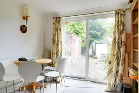 3 bedroom terraced house for sale - Apthorpe Way, Cambridge