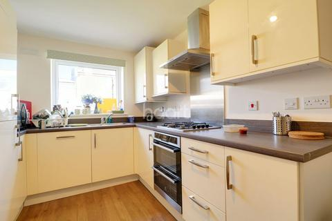 3 bedroom end of terrace house for sale - Cranesbill Close, Orchard Park, Cambridge