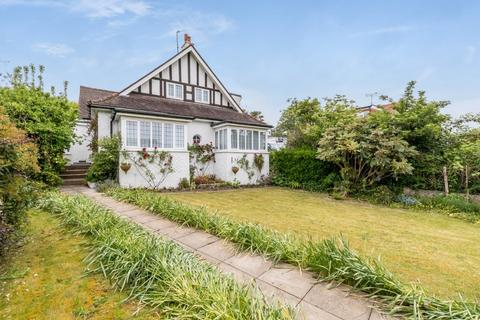 4 bedroom bungalow for sale - Winfield Avenue, Brighton, East Sussex, BN1