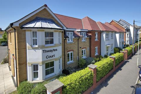 2 bedroom flat for sale - Thwaytes Court, Minster Drive, Herne Bay, Kent