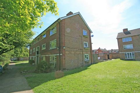 3 bedroom flat for sale - Turpington Close, Bromley, Kent