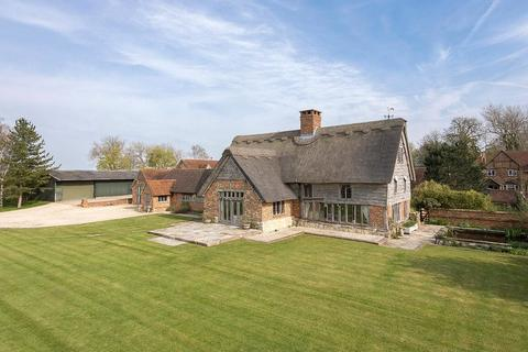 6 bedroom barn conversion for sale - Hoggeston Road, Dunton, Buckinghamshire, MK18