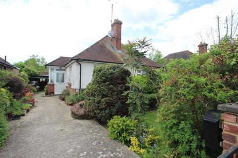 2 bedroom bungalow for sale - Thorpe Avenue, Tonbridge