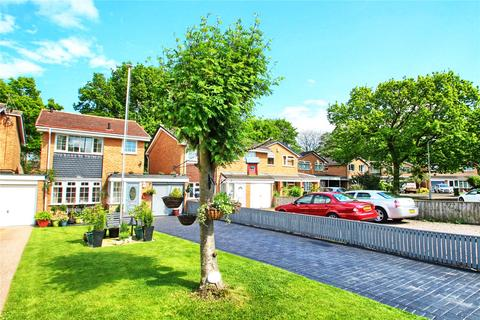 3 bedroom link detached house for sale - Dishforth Close, (And 9a, The Man Cave)