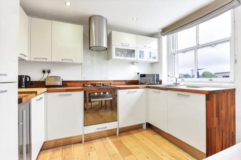 3 bedroom flat for sale - Bow Road, London E3