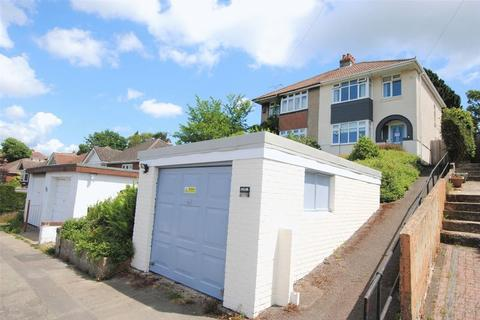 3 bedroom semi-detached house for sale - Sandringham Road, Bitterne Park
