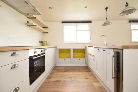 2 bedroom flat to rent - Prestbury Road, CHELTENHAM, Gloucestershire, GL52