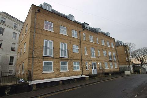 Studio to rent - St Annes Court, Brighton, East Sussex