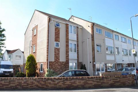 2 bedroom apartment to rent - Pilgrims Way, Downend, Bristol