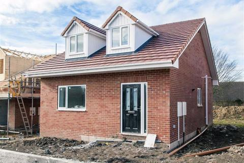 3 bedroom detached bungalow for sale - Sherwood Street, Bolsover, Chesterfield, S44