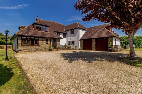5 bedroom detached house for sale - Old Stone Road, Undy