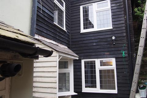 2 bedroom house to rent - Castle Hill Road, Hastings