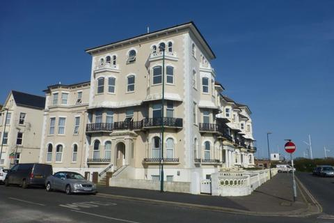 2 bedroom flat to rent - Sussex Court, Park Road