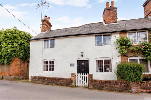 3 bedroom semi-detached house for sale - The Borough, Crondall, Farnham