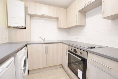 2 bedroom terraced house to rent - Elmhurst Road, Earley, Reading