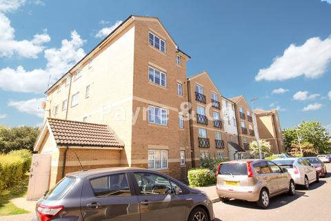 2 bedroom flat for sale - Friars Close, ILFORD, IG1