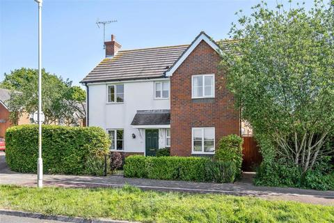4 bedroom detached house for sale - Collie Drive, Kingsnorth, Ashford