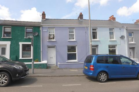 3 bedroom terraced house for sale - Milford Road, Pembrokeshire