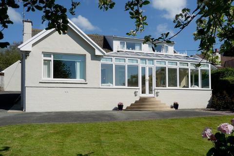 4 bedroom detached bungalow for sale - Tan Y Wenallt, Penally