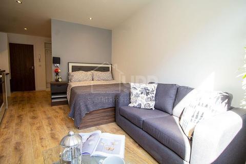 Studio to rent - Woodhouse Square, Leeds, LS3