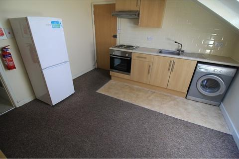 1 bedroom flat to rent - West Luton Place, Adamsdown, Cardiff