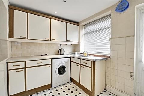 3 bedroom house for sale - Acton Lane, Chiswick
