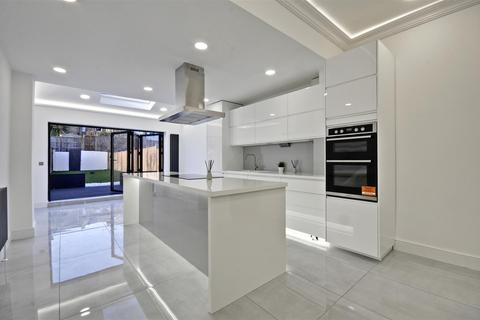 4 bedroom house for sale - Orchard Road, Brentford