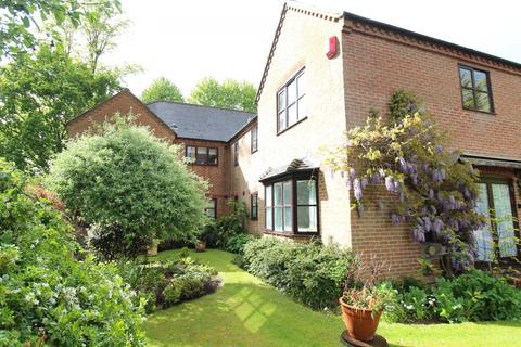 2 bedroom apartment for sale - Trinity House, Maidenhead Road