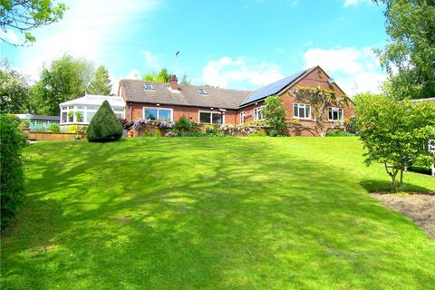 5 bedroom detached bungalow for sale - Coppice View, Broadmeadows