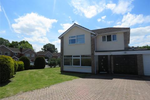 4 bedroom detached house to rent - Clifton Crescent, Solihull, West Midlands, B91