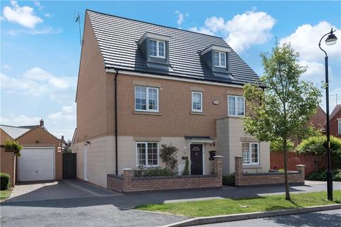 5 bedroom detached house for sale - Norman Snow Way, Duston, Northampton, Northamptonshire