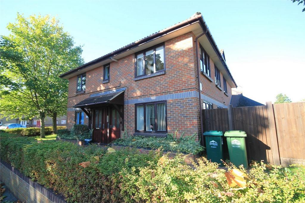 2 Bedrooms Retirement Property for sale in Berryscroft Road, Staines, TW18 1NA, Surrey