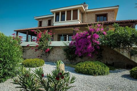4 bedroom villa - Kyrenia