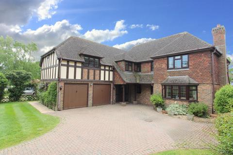5 bedroom detached house for sale - Orchard Drive, Littlestone, TN28 8SE