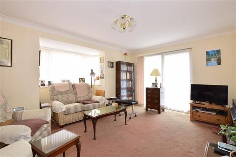 2 bedroom ground floor flat for sale - High Street, Bognor Regis, West Sussex