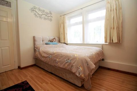 1 bedroom house share to rent - Stockland Road (Room 1), Romford, RM7