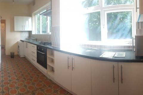 7 bedroom semi-detached house to rent - Park Range, Fallowfield, Manchester