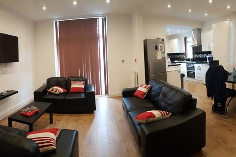 8 bedroom property to rent - Egerton Road, 8 bed,, Fallowfield, Manchester